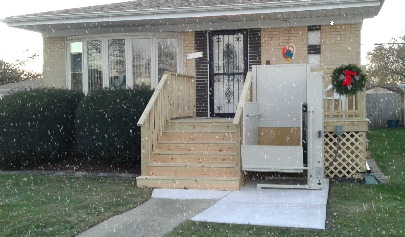 porch lift installed while it's snowing in suburb near Chicago