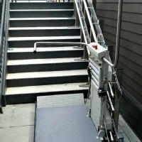 Savaria-Delta-Commercial-Inclined-Platform-Lift-installed-in-Chicago.jpg