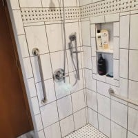 accessible-shower-with-white-tile-and-grab-bars-in-Frankfort-IL-by-EHLS.jpg