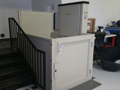 >Commercial Vertical Platform Lifts