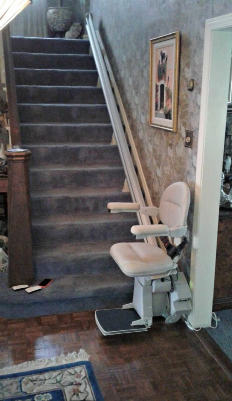 Bruno Elite Straight Stair Lift installed in River Forest, IL
