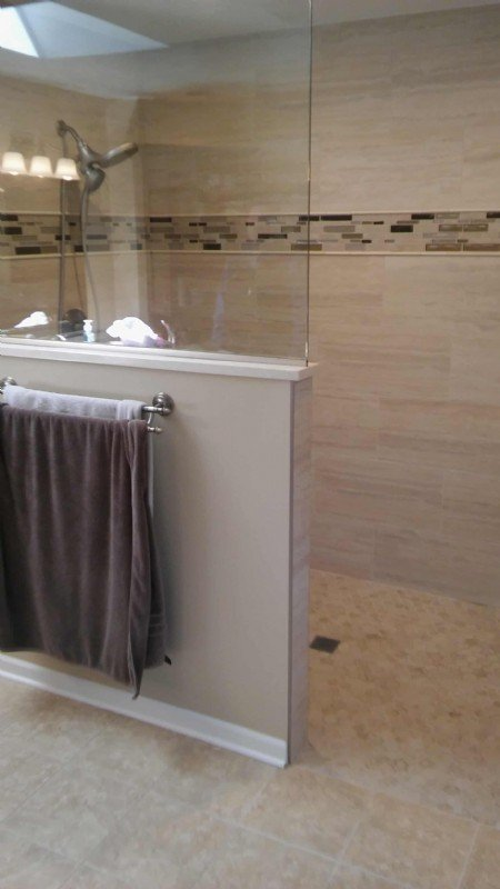 Roll-in shower installed in Naperville, IL