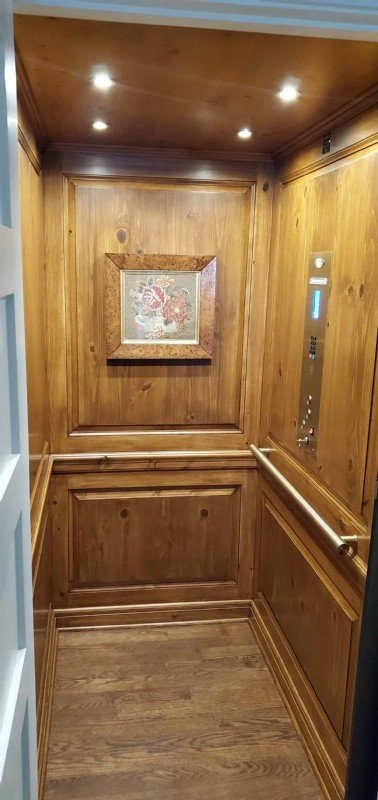 Home-Elevator-installation-Lake-Forest-IL-by-Lifeway-Mobility-Chicago.jpg