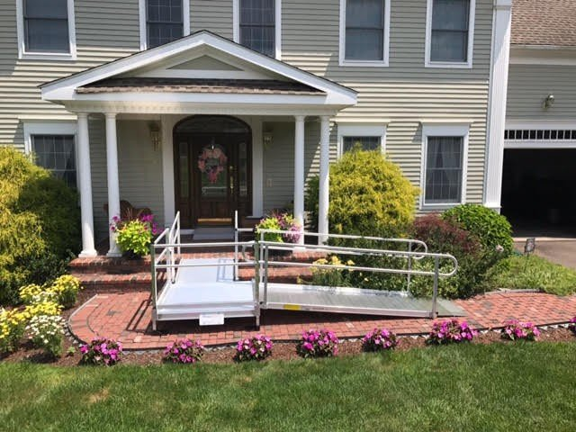 Lifeway-Mobility-aluminum-ramp-installation-in-home-with-garden