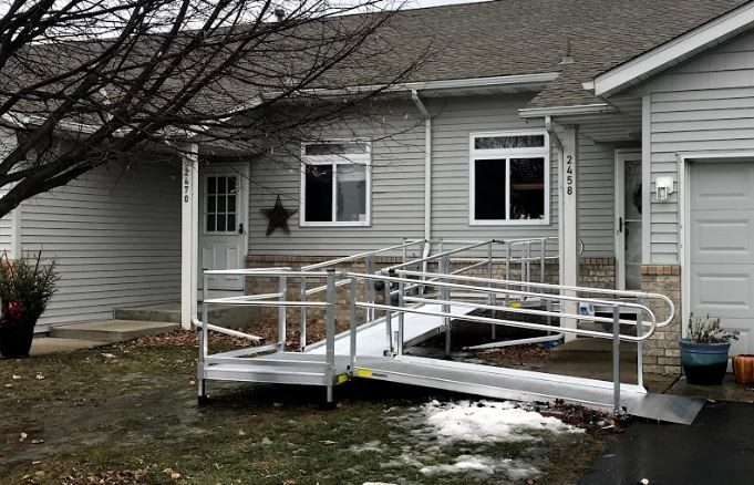 aluminum-modular-wheelchair-ramp-for-safe-access-to-front-of-home.JPG