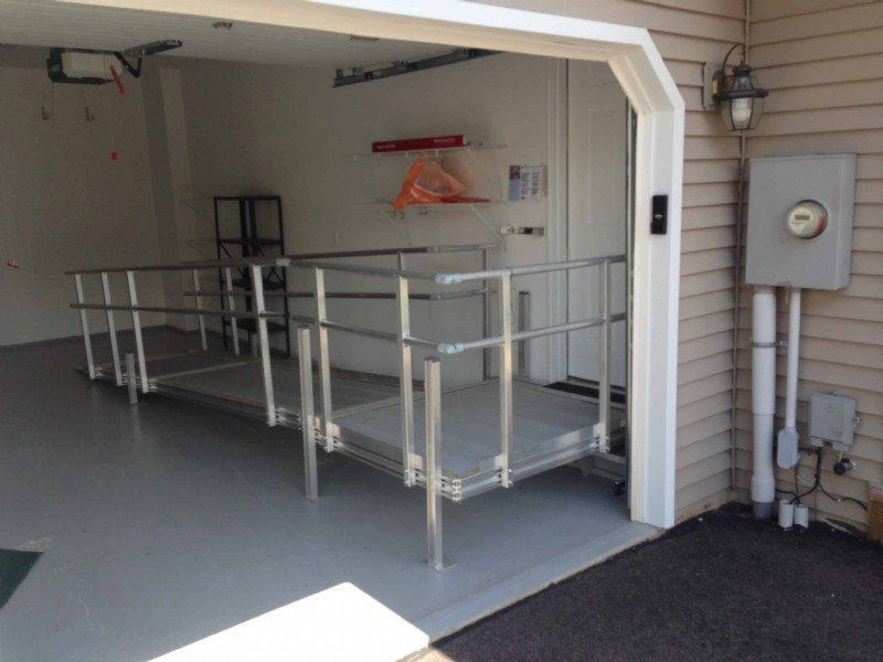 aluminum-modular-wheelchair-ramp-in-garage-installled-by-Lifeway.jpg