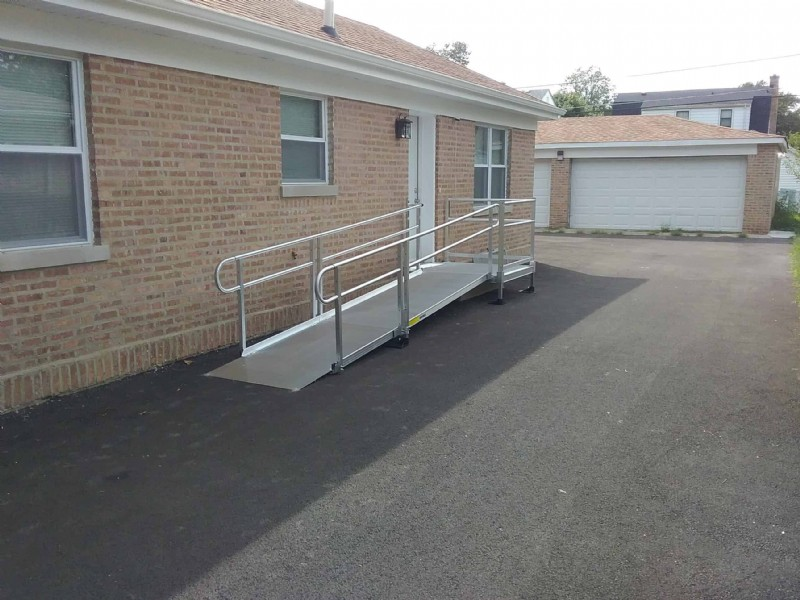 aluminum-modular-wheelchair-ramp-installation-for-home-access-in-Chicago.jpg