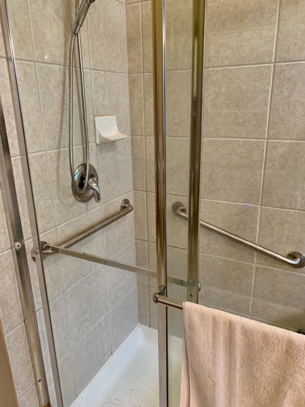 polished-grab-bars-in-shower-in-Indianapolis-home.jpg