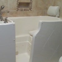 Walk-In Tub-installation-in-bathroom-in-Chicago-home