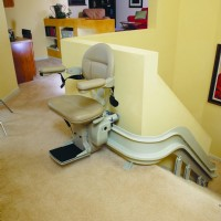 Bruno-CRE-Elite-Curved-Stairlift-at-top-park-position