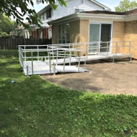 Aluminum wheelchair ramp installed in Park Ridge, IL