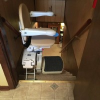 Stairlift-at-Top-of-Basement-Stairs-in-Indiana-home.jpg