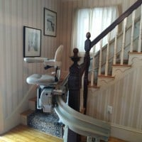 curved-stairlift-in-home-in-Reading-Massachusetts.jpg