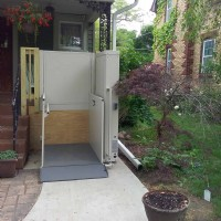 outdoor-wheelchair-lift-for-home-in-Waukegan.jpg