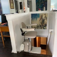 stairlift-at-top-of-stairs-installed-in-Carmel-Indiana.jpg