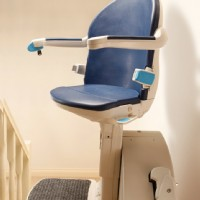 >Handicare 1000 Straight Stair Lift