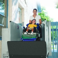 >Bruno 3200 Series Outdoor Vertical Platform Lift