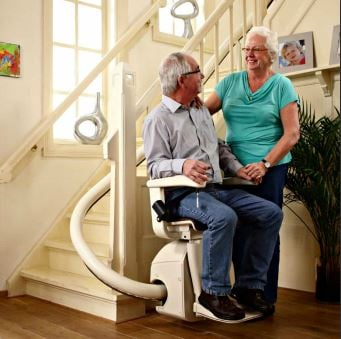 Handicare-Freecurve-Stairlift