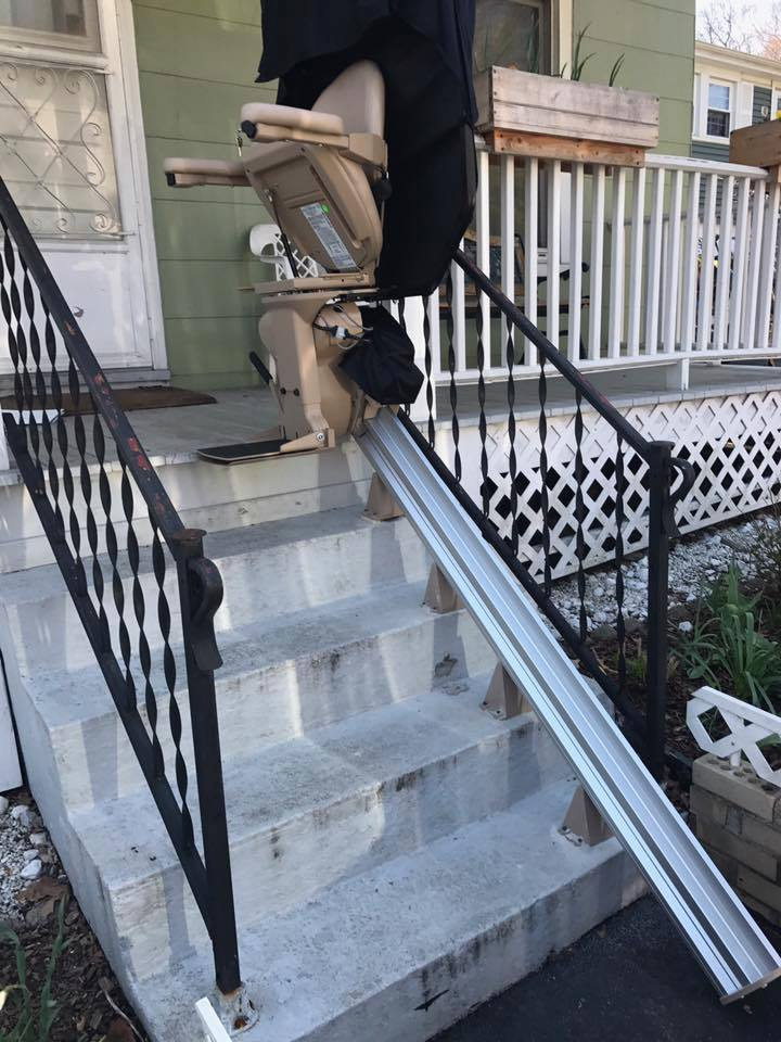 outdoor stair lift CT